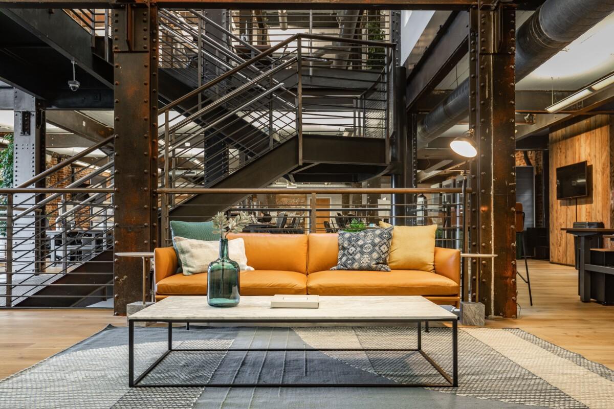 Zeus Living Office Space 3